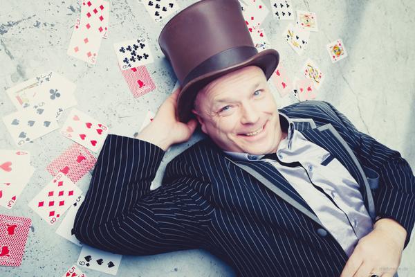 Magier & Zauberer mieten & vermieten - Zauberer/Zauberkünstler/Magier/Zaubershow/Magiculum/Zauberkunst in Hamburg