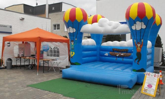 Hüpfburg mieten & vermieten - Kinderfest inkl. Süßigkeitenstand in Neukieritzsch