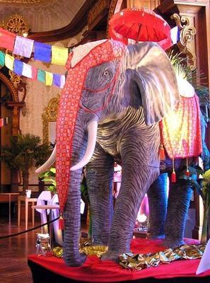 Dekorationsservice mieten & vermieten - Indien XXL Elefant Figur, Elefant, Indien, indisch, Figur, Tier, Stoßzähne, Dekoration, Asia, Asien, Afrika in Kamp-Bornhofen
