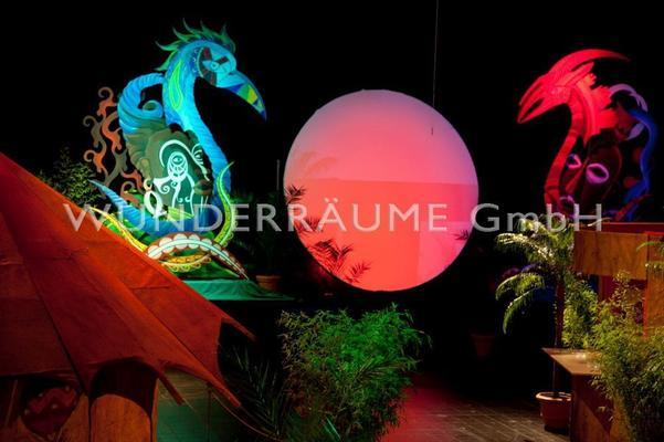 Kulissen mieten & vermieten - Beleuchtete Scheibe - WUNDERRÄUME GmbH vermietet: Dekoration/Kulisse für Event, Messe, Veranstaltung, Incentive, Mitarbeiterfest, Firmenjubiläum in Lichtenstein/Sachsen