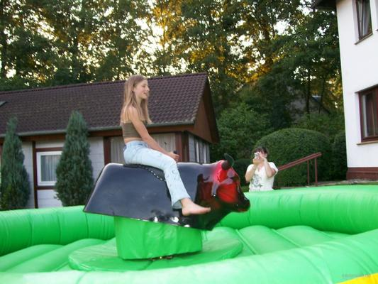 Bullriding mieten & vermieten - Rodeobulle Bullriding Rodeo in Stockelsdorf