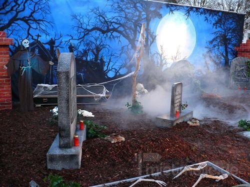 Kulissen mieten & vermieten - Halloween Friedhof in Heringsdorf