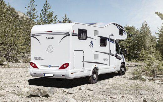 adac alkoven wohnmobil sky traveller 650 dg mieten. Black Bedroom Furniture Sets. Home Design Ideas