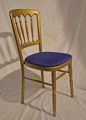 Stühle mieten & vermieten - Holzstuhl gold mit blau Polstern in Rosenheim