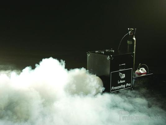Nebelmaschine mieten & vermieten - Bodennebelmaschinen und Nebelmaschinen mieten in Buchholz in der Nordheide
