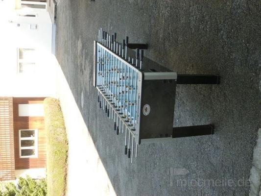 Tischkicker mieten & vermieten - XL-Tischkicker in Moosinning