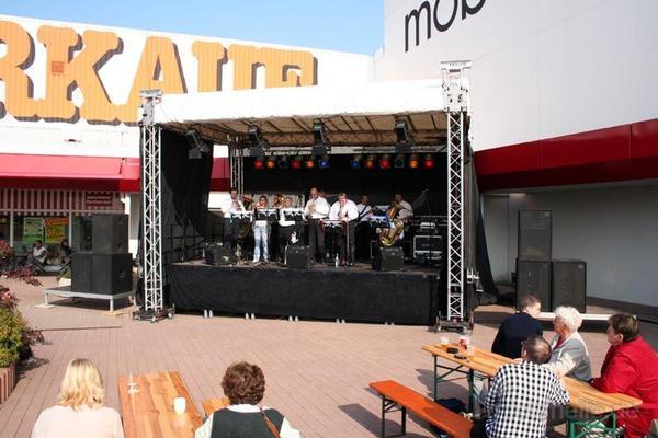 Bühne mieten & vermieten - 6x4 m Bühne / Open Air Bühne / Event Bühne / Show Bühne in Teutschenthal