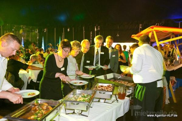 Catering mieten & vermieten - Cateringservice, Partyservice, Festzelte, Mietmöbel für Ihr Firmenevent, Ihr Sommerfest oder Ihre Hochzeitsfeier  in Glindenberg