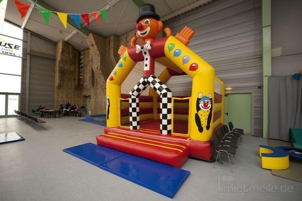 Hüpfburg mieten & vermieten - Hüpfburg Clown - Clownhüpfburg mieten in Schwerin