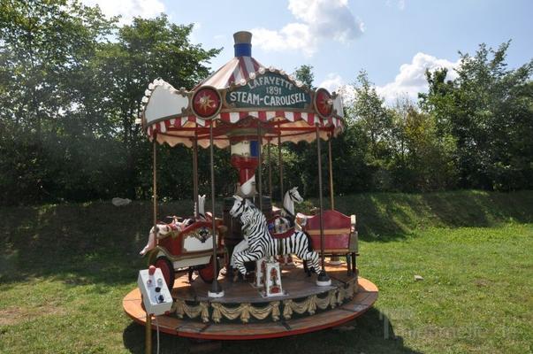 Karussell mieten & vermieten - Kinderkarussell Lafayette mieten in Schwerin