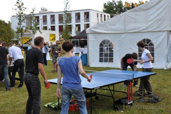 Spielgeräte mieten & vermieten - Tischtennisplatte mieten in Schwerin