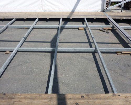 Zeltboden mieten & vermieten - Systemfußboden mit Stahlunterbau ab 75m² Zeltboden in Reinstädt