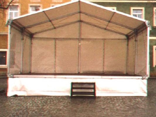 Bühne mieten & vermieten - Bühne mit Zeltüberdachung 6 x 6 m in Reinstädt