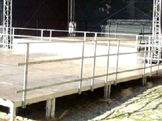 Bühne mieten & vermieten - Handlauf für Ihre Bühne in Reinstädt