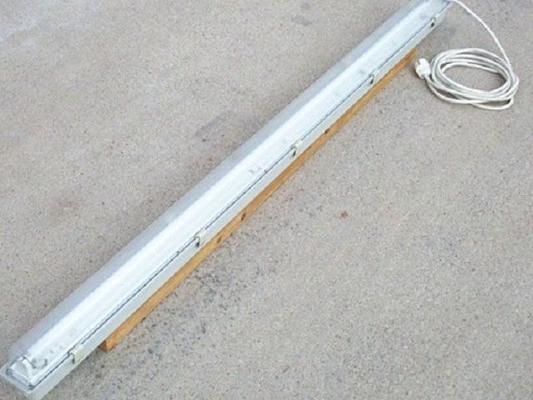 Leuchten & Lampen mieten & vermieten - Leuchtstoffröhre für Ihre Beleuchtung in Reinstädt