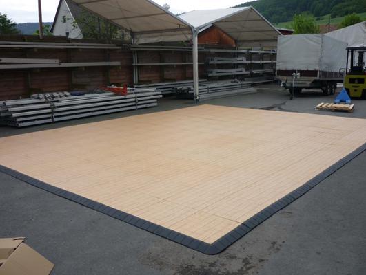 Tanzboden mieten & vermieten - Tanzboden/Tanzfläche aus Kunststoff (Holzoptik) in Reinstädt