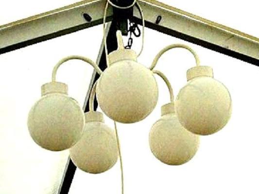 Leuchten & Lampen mieten & vermieten - Beleuchtung Kugellampe mit 5-Kugeln in Reinstädt