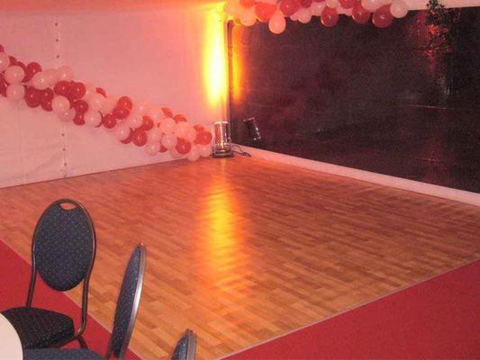 Tanzboden mieten & vermieten - Tanzboden Bodenbelag Tanzfläche,  Kunststoff in Reinstädt