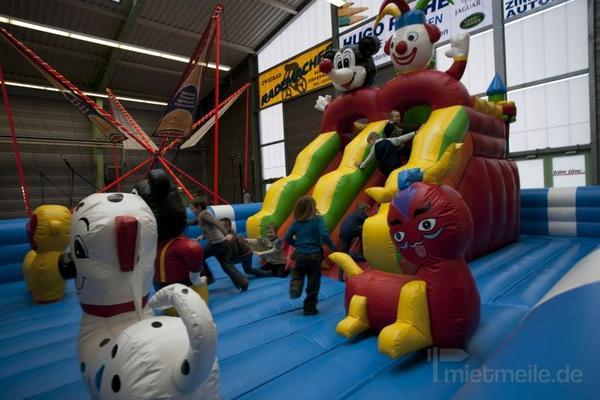 Hüpfburg mieten & vermieten - Erlebniswelt Fantasialand - Hüpfburg mieten in Schwerin