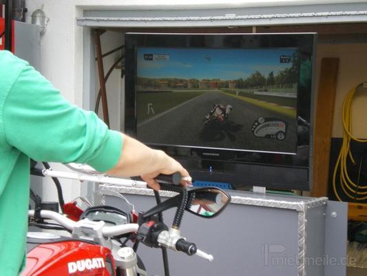 Simulatoren mieten & vermieten -  Rennsimulator Motorrad in Oppenweiler