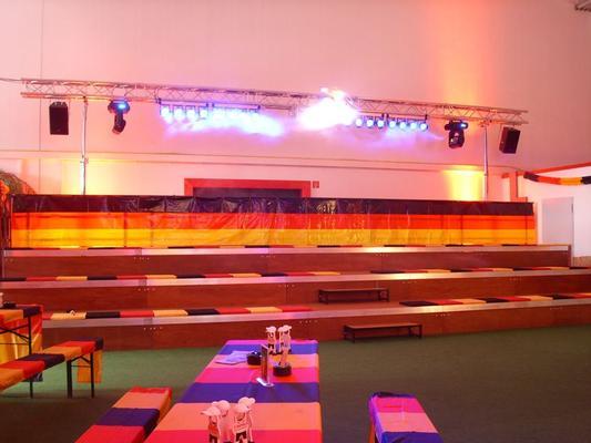 Lichttechnik mieten & vermieten - Schwarzlicht UVLED Bar16 in Neumünster