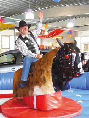 Bullriding mieten & vermieten - Bullriding, Rodeo, Bull-Riding, Bullenreiten in Ockenheim