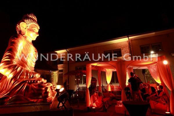 Länder & Flaggen mieten & vermieten - Buddha Statue XXL - WUNDERRÄUME GmbH vermietet: Dekoration/Kulisse für Event, Messe, Veranstaltung, Incentive, Mitarbeiterfest, Firmenjubiläum in Lichtenstein/Sachsen