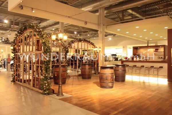 Antik & Rustikal mieten & vermieten - 100 x Stehtisch Weinfass - WUNDERRÄUME GmbH vermietet: Dekoration/Kulisse für Event, Messe, Veranstaltung, Incentive, Mitarbeiterfest, Firmenjubiläum in Lichtenstein/Sachsen