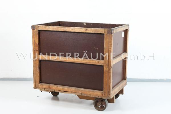 Antik & Rustikal mieten & vermieten - Rollwagen Industrial in Lichtenstein/Sachsen