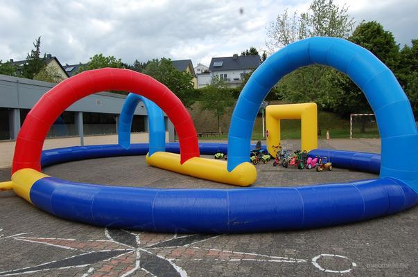 Parcours mieten & vermieten - Kartbahnumrandung und mehr... in Püttlingen