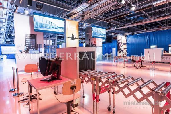 Kulissen mieten & vermieten - Rollband - WUNDERRÄUME GmbH vermietet: Dekoration/Kulisse für Event, Messe, Veranstaltung, Incentive, Mitarbeiterfest, Firmenjubiläum in Lichtenstein/Sachsen