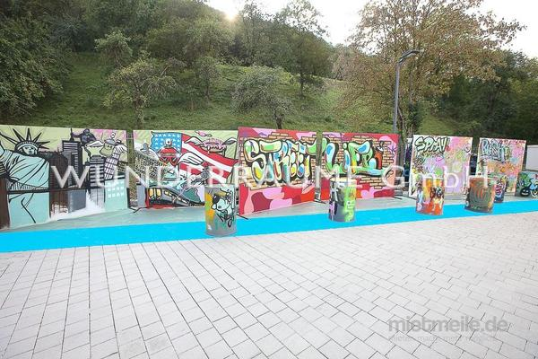 Dekofiguren mieten & vermieten - Graffiti-Fass - WUNDERRÄUME GmbH vermietet: Dekoration/Kulisse für Event, Messe, Veranstaltung, Incentive, Mitarbeiterfest, Firmenjubiläum in Lichtenstein/Sachsen