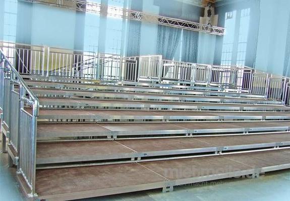 Bühne mieten & vermieten - 3 x 10m Tribüne - Tribünenbau - Bühne in Wismar