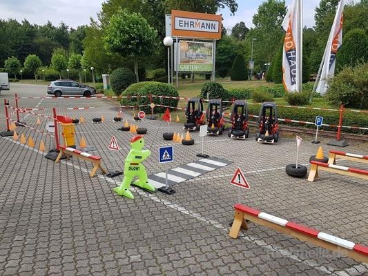 Parcours mieten & vermieten - Kinder Gabelstapler ~ BIG Linde ~ Tretauto ~ Parcour in Rheinmünster