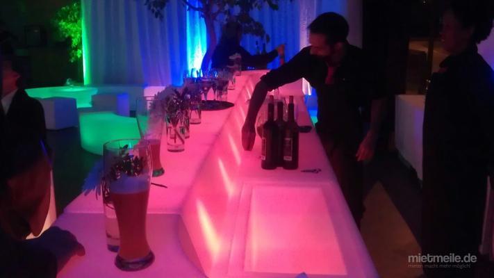 Bar Theke mieten & vermieten - LED Bar / Leuchtmöbel / Leuchttheken / Cocktailbar / Lounge Bar / Beleuchtete Bar / Mobile Bar / Akku LED in Neunkirchen am Sand