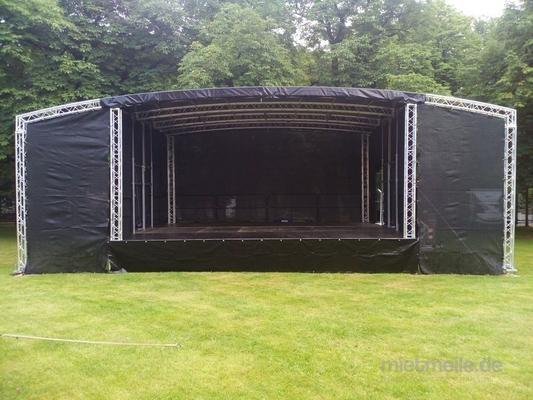 Bühne mieten & vermieten -  Bühne 10 x 8m Podesterie - Showbühne - Eventbühne - Podeste in Wismar