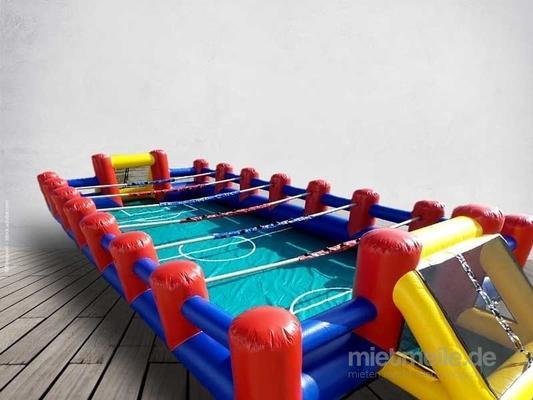 Menschenkicker mieten & vermieten - XXL-Menschenkicker  / Human Table Soccer  14x6m ***Teambuilding – Wettbewerb – Teamwork*** in Dresden