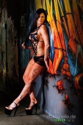 Stripperin mieten & vermieten - Glamour Stripperin Cat Deluxe  -  woww... in Kassel