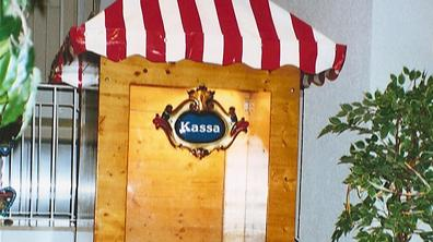 Karussell mieten & vermieten - Kassenhaus, inkl. MwSt. in Münnerstadt