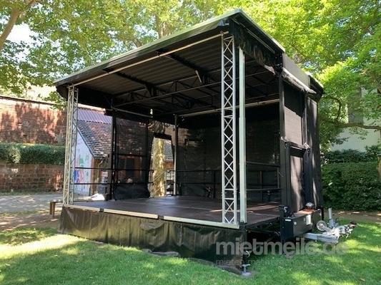 Bühne mieten & vermieten - Bühne mieten Mobil / Trailerbühne / Showbühne Typ: EcoStage 6+5m in Rodenbach