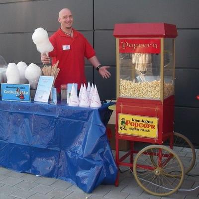 Popcornmaschine mieten & vermieten - Popcornmaschine mit nostalgischem Unterwagen, inkl. 19% MwSt in Münnerstadt