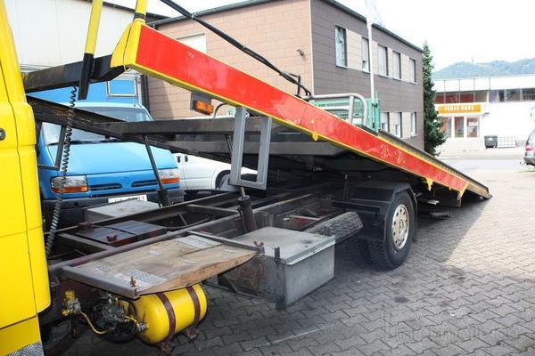 Abschleppwagen mieten & vermieten - DB 813 Abschleppwagen mit Schiebeplateau und Brill in Herdecke