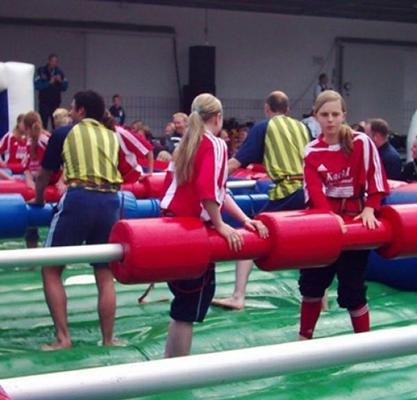 Menschenkicker mieten & vermieten - Mega Kicker in Hannover