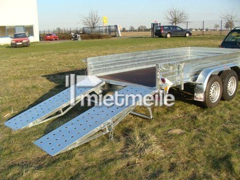 Raupe mieten & vermieten - Bomber Baggertransporter 3500 kg 3500 x 1760 x 400 in Elsdorf (Rheinland)
