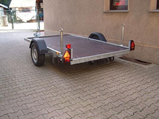 Autoanhänger mieten & vermieten - Autotransporter für Kleinfahrzeuge , hinter Wohnmo in Bochum