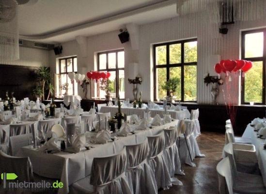 Stuhlhussen mieten & vermieten - Hochzeitsdekoration, Stuhlhussen, Tischdekoration in Langelsheim