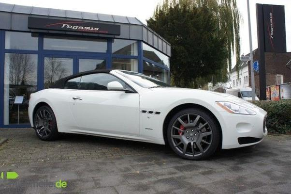 Limousinen mieten & vermieten - Maserati GranCabrio Vermietung :: Maserati mieten in Mönchengladbach